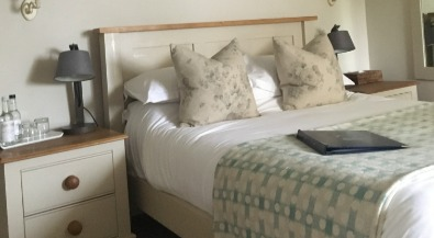 Cottage bedside lamp